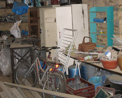 Débarras complet d'un garage  - Intervention rapide - Vaucluse Gard Drôme Bouches du Rhône